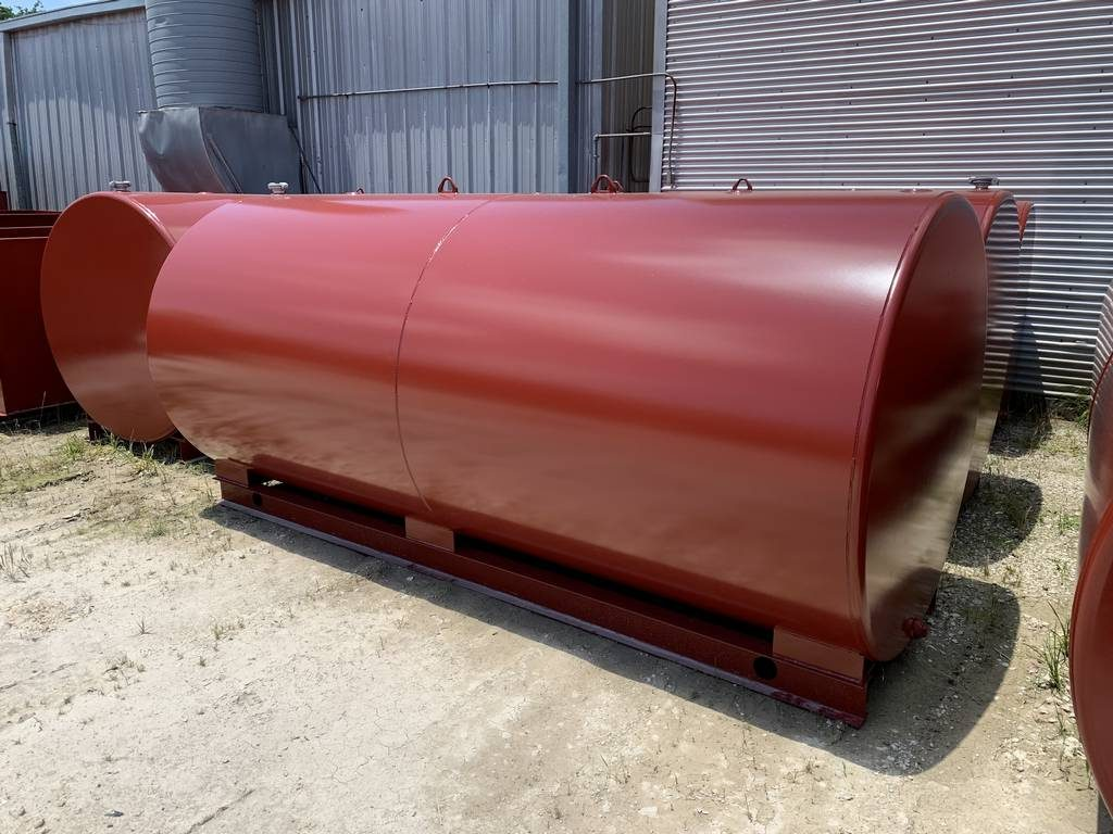 2000-gallon-single-wall-farm-skid-tank